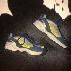 Rare Soda 90's vintage platform sneakers, size 8